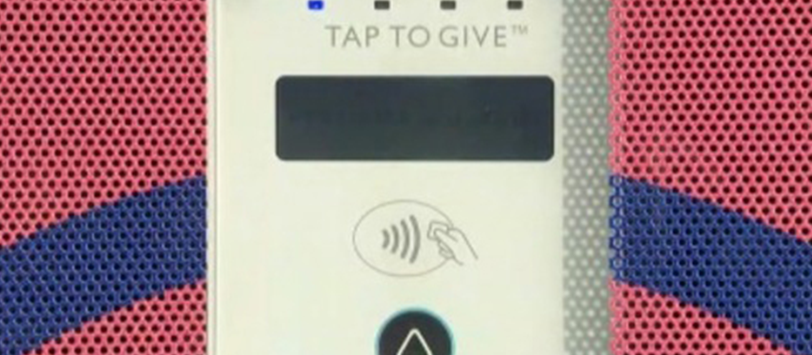 Close up photo of a contactless card machine